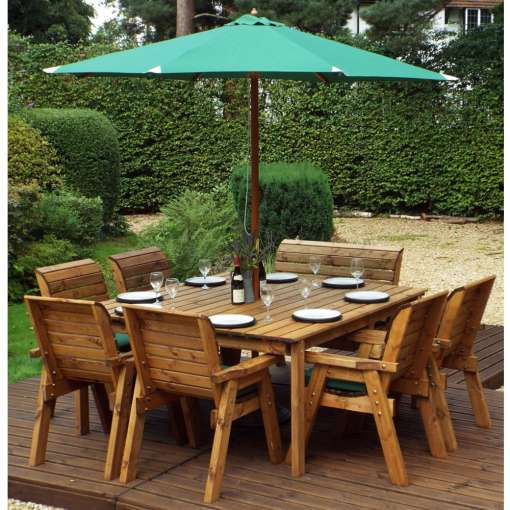Traditional eight seater deluxe garden table set